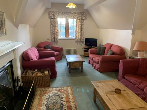 Upfront,up,front,reviews,accommodation,self,catering,rental,holiday,homes,cottages,feedback,information,genuine,trust,worthy,trustworthy,supercontrol,system,guests,customers,verified,exclusive,top flat (alvie house),alvie estate,kingussie,,image,of,photo,picture,view
