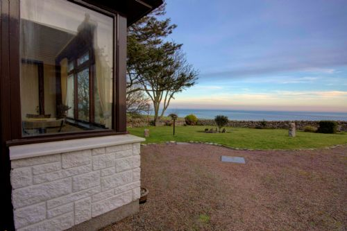 Upfront,up,front,reviews,accommodation,self,catering,rental,holiday,homes,cottages,feedback,information,genuine,trust,worthy,trustworthy,supercontrol,system,guests,customers,verified,exclusive,the old mission hall,thistle holiday lets,dunbeath,,image,of,photo,picture,view