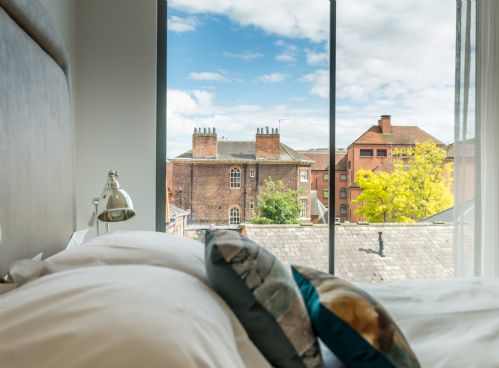 Upfront,up,front,reviews,accommodation,self,catering,rental,holiday,homes,cottages,feedback,information,genuine,trust,worthy,trustworthy,supercontrol,system,guests,customers,verified,exclusive,castle chambers 18,stays york,york,,image,of,photo,picture,view
