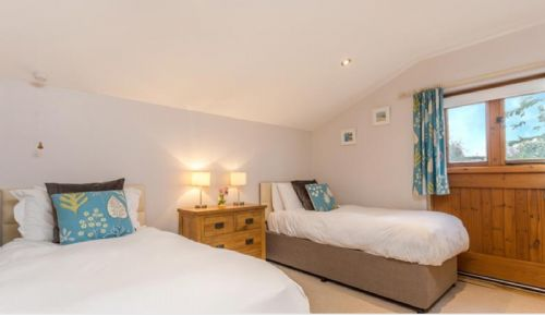 Upfront,up,front,reviews,accommodation,self,catering,rental,holiday,homes,cottages,feedback,information,genuine,trust,worthy,trustworthy,supercontrol,system,guests,customers,verified,exclusive,orchard cottage,south coombe country cottages,tiverton,,image,of,photo,picture,view