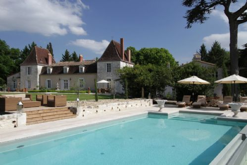 Luxury Chateau rental near Bergerac