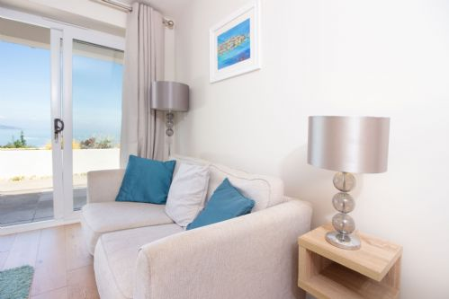Upfront,up,front,reviews,accommodation,self,catering,rental,holiday,homes,cottages,feedback,information,genuine,trust,worthy,trustworthy,supercontrol,system,guests,customers,verified,exclusive,osprey 1 - the cove,brixham holidays ltd,brixham,,image,of,photo,picture,view