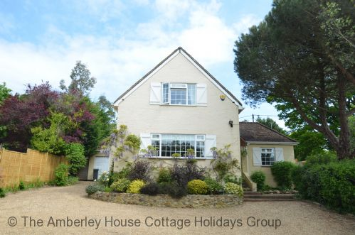 Upfront,up,front,reviews,accommodation,self,catering,rental,holiday,homes,cottages,feedback,information,genuine,trust,worthy,trustworthy,supercontrol,system,guests,customers,verified,exclusive,echo house,the amberley house cottage holidays group,pulborough,,image,of,photo,picture,view