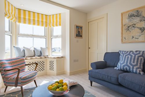 Upfront,up,front,reviews,accommodation,self,catering,rental,holiday,homes,cottages,feedback,information,genuine,trust,worthy,trustworthy,supercontrol,system,guests,customers,verified,exclusive,the boatmans reading rooms,sarah wood,deal,,image,of,photo,picture,view