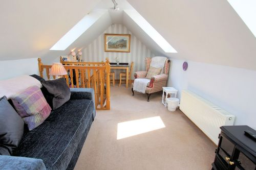 Upfront,up,front,reviews,accommodation,self,catering,rental,holiday,homes,cottages,feedback,information,genuine,trust,worthy,trustworthy,supercontrol,system,guests,customers,verified,exclusive,wee orchard lodge,cooper cottages,lochearnhead,,image,of,photo,picture,view
