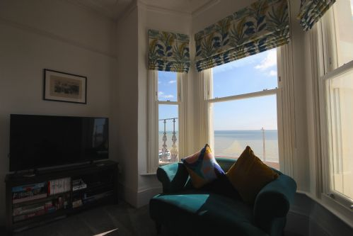 Upfront,up,front,reviews,accommodation,self,catering,rental,holiday,homes,cottages,feedback,information,genuine,trust,worthy,trustworthy,supercontrol,system,guests,customers,verified,exclusive,seascape ,keepers cottages,deal,,image,of,photo,picture,view