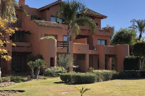 Upfront,up,front,reviews,accommodation,self,catering,rental,holiday,homes,cottages,feedback,information,genuine,trust,worthy,trustworthy,supercontrol,system,guests,customers,verified,exclusive,3 bedroom apartment, sotoserena, estepona 86570,villas away,estepona,,image,of,photo,picture,view