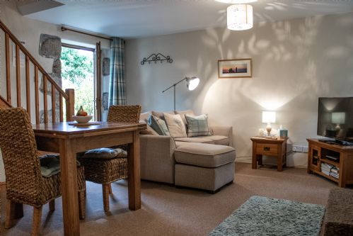 Upfront,up,front,reviews,accommodation,self,catering,rental,holiday,homes,cottages,feedback,information,genuine,trust,worthy,trustworthy,supercontrol,system,guests,customers,verified,exclusive,orchard view,higher carthew farm,helston,,image,of,photo,picture,view