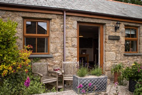 Upfront,up,front,reviews,accommodation,self,catering,rental,holiday,homes,cottages,feedback,information,genuine,trust,worthy,trustworthy,supercontrol,system,guests,customers,verified,exclusive,nine maidens,higher carthew farm,helston,,image,of,photo,picture,view