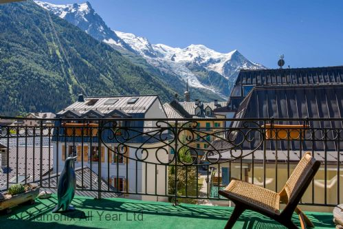 Balcony with Mt Blanc views