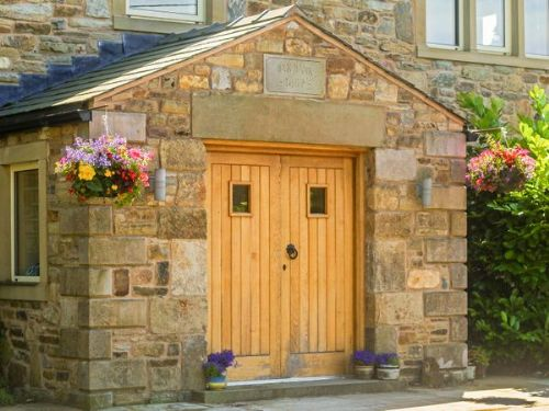 Upfront,up,front,reviews,accommodation,self,catering,rental,holiday,homes,cottages,feedback,information,genuine,trust,worthy,trustworthy,supercontrol,system,guests,customers,verified,exclusive,oak bank farm,ribble valley holiday homes,ribchester,,image,of,photo,picture,view