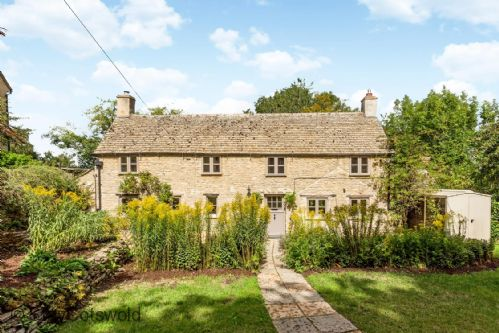 Indah Cottage - StayCotswold