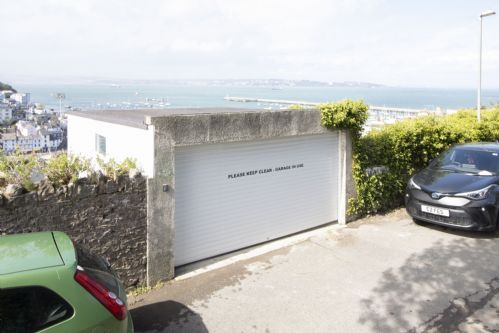 Upfront,up,front,reviews,accommodation,self,catering,rental,holiday,homes,cottages,feedback,information,genuine,trust,worthy,trustworthy,supercontrol,system,guests,customers,verified,exclusive,the captains cottage,brixham holidays ltd,brixham,,image,of,photo,picture,view