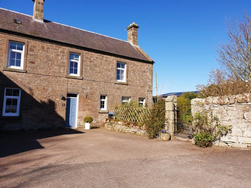 Upfront,up,front,reviews,accommodation,self,catering,rental,holiday,homes,cottages,feedback,information,genuine,trust,worthy,trustworthy,supercontrol,system,guests,customers,verified,exclusive,northend,old farm holiday cottages,chirnside,,,image,of,photo,picture,view
