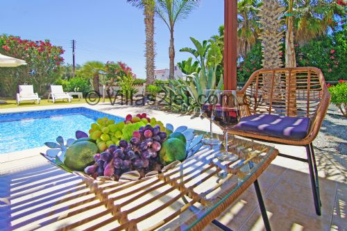 Upfront,up,front,reviews,accommodation,self,catering,rental,holiday,homes,cottages,feedback,information,genuine,trust,worthy,trustworthy,supercontrol,system,guests,customers,verified,exclusive,basil,villas2let.com.cy,ayia napa,,image,of,photo,picture,view