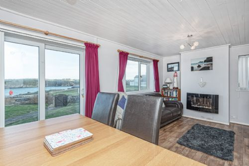 Upfront,up,front,reviews,accommodation,self,catering,rental,holiday,homes,cottages,feedback,information,genuine,trust,worthy,trustworthy,supercontrol,system,guests,customers,verified,exclusive,spin drift ,coastal holidays,cemaes bay,,image,of,photo,picture,view