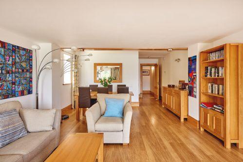 Seaview Apartment Living