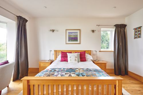 Seaview Apartment Bedroom 2