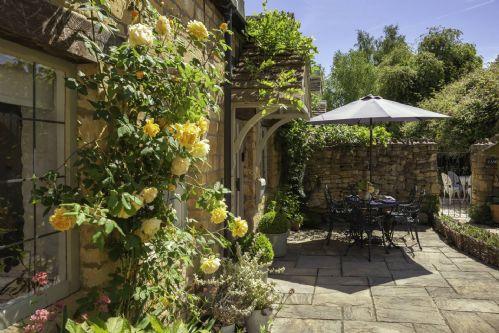 Honeysuckle Cottage Rose Entrance