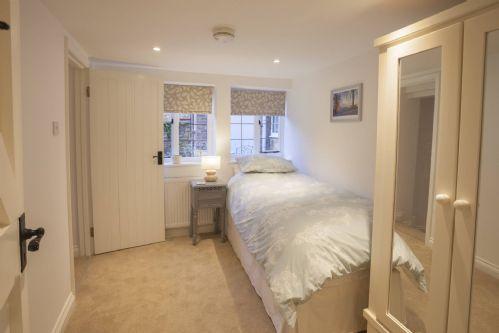 Honeysuckle Cottage Bedroom 3