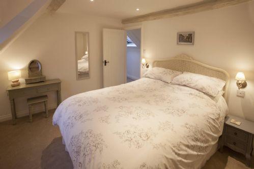Honeysuckle Cottage Bedroom 2