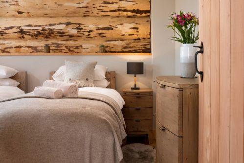 Melrose Cottage Bedroom 1