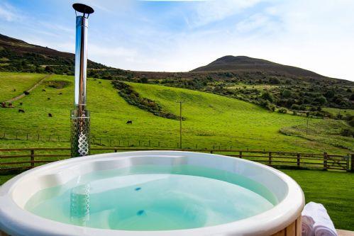 Melrose Cottage Hot Tub 3