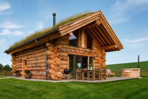 Melrose Cottage Exterior 1