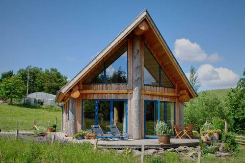 Fir Cottage Front Exterior