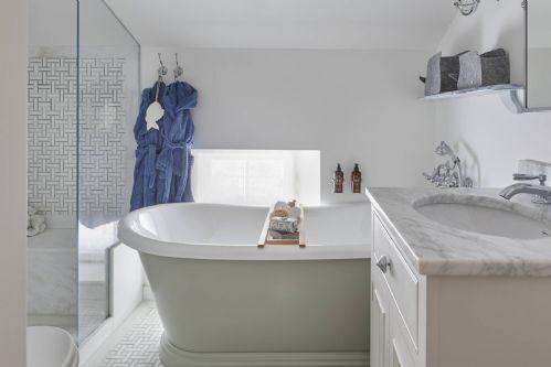 The Beach House Bathroom 5