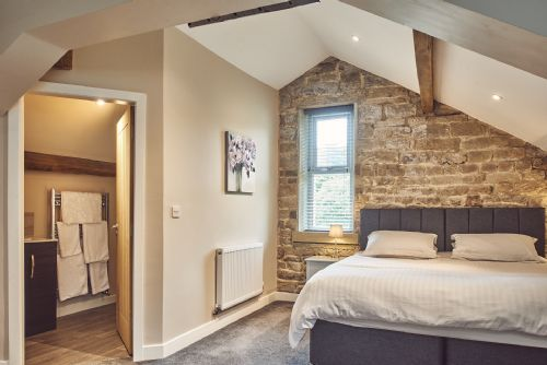 The Cowshed Bedroom 2