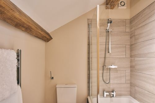 The Cowshed Ensuite Bathroom