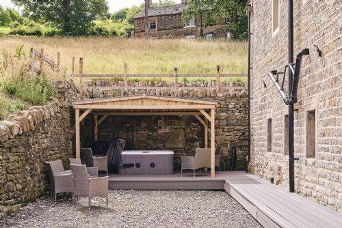 The Cowshed Hot Tub