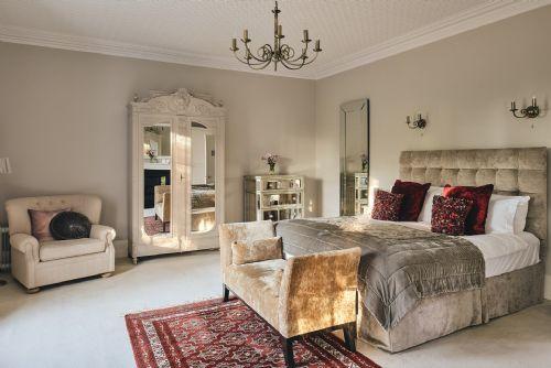 The Manor Bedroom 1