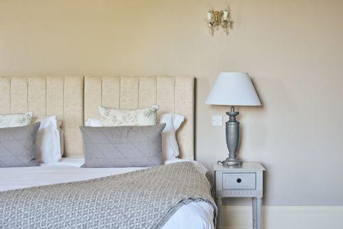 The Manor Bedroom 3
