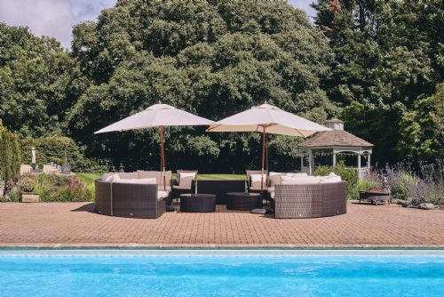 The Manor Pool Seating