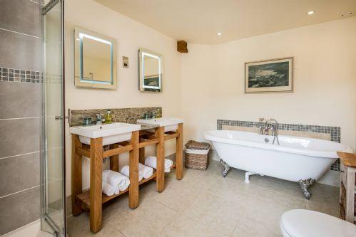 Winnow Mill Bathroom