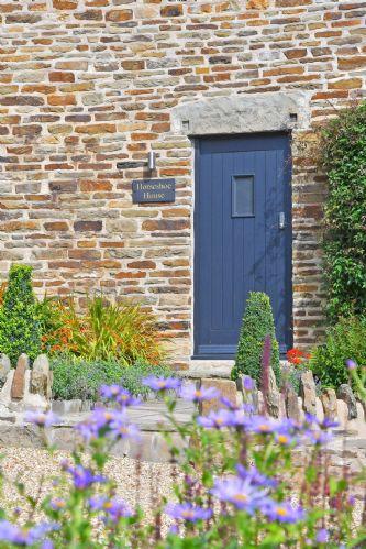 Horseshoe House Door