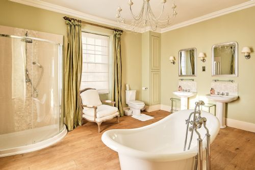 The Old Rectory Roll Top Bath