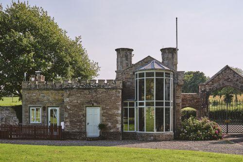 Victoria Lodge Exterior 3