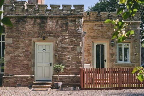 Albert Lodge Exterior 5