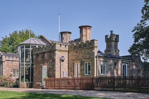 Albert Lodge Exterior 6