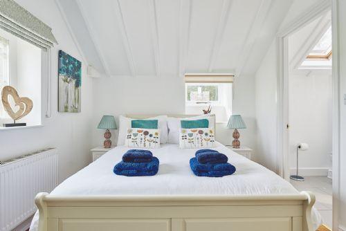 Albert Lodge Bedroom