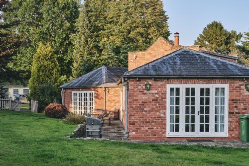 Flock Cottage Exterior 2