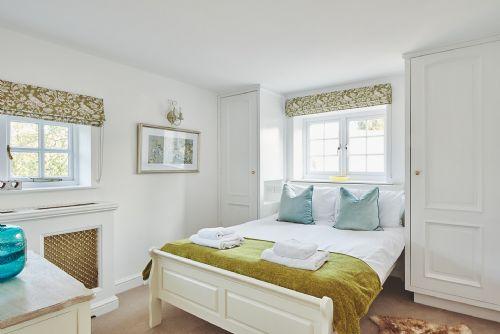 Flock Cottage Bedroom 1