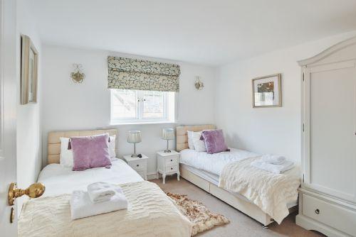Flock Cottage Bedroom 5