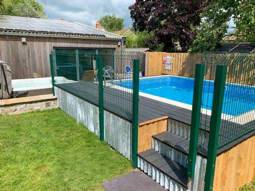 The Luxury Loft House Pool 2