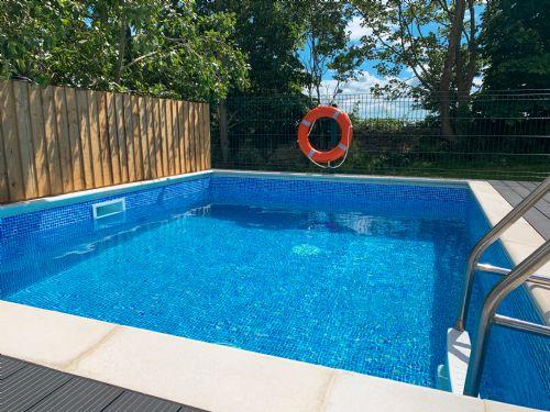 The Luxury Loft House Pool