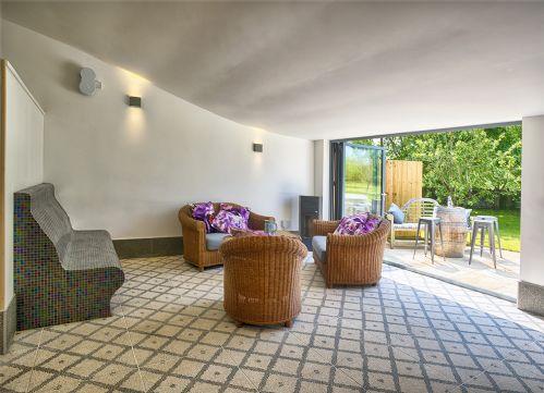 The Luxury Loft House Inside Patio