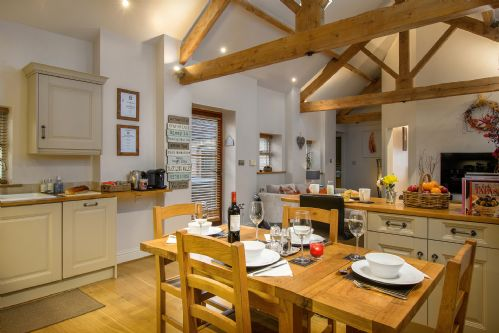 Smithy Cottage Dining 1